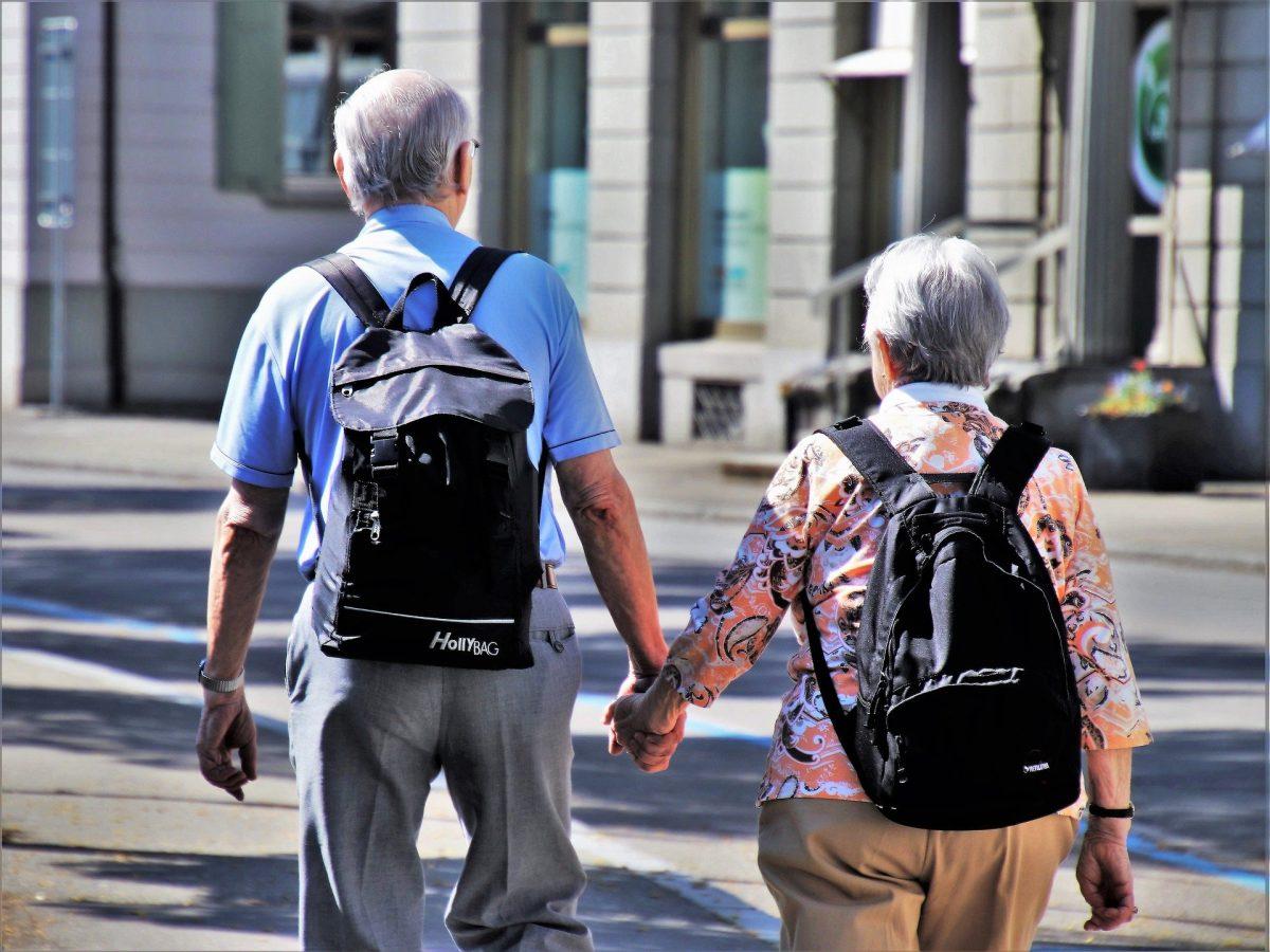 finding an elderly home buyer